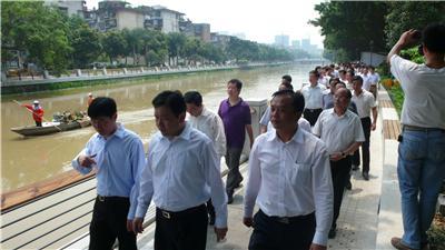 时任中大奖app委常委、福州市市委书记杨岳和市长杨益民视察我司内河综合整治景观工程